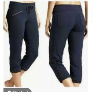 Athleta Metro Slouch Navy Pants/Joggers Size Large